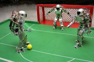 роботи грають у футбол