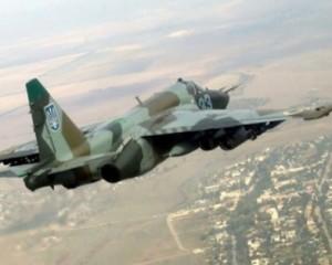 Військовий літак Су-25