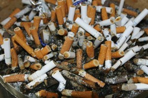 недопалки від сигарет