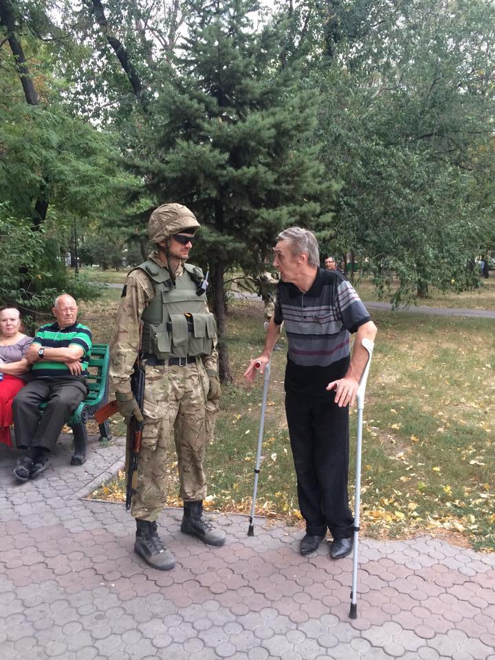 Українські військові в Маріуполі