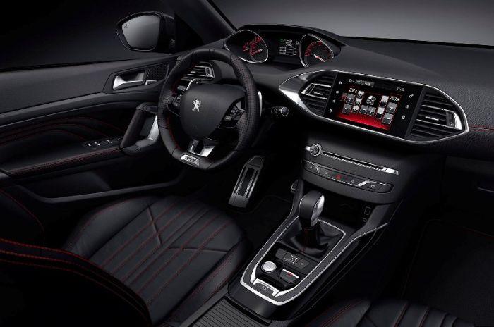 Peugeot 308 GT салон