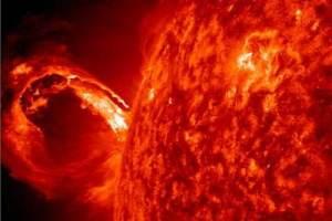 потужний спалах на сонці