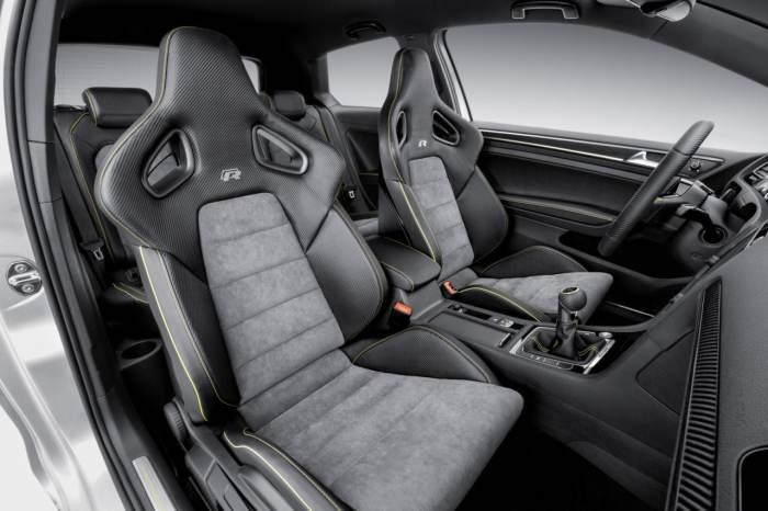 Volkswagen Golf R400 салон