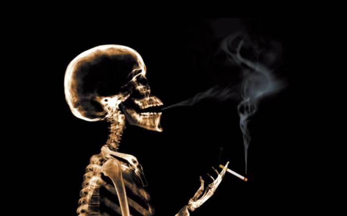 куріння людина