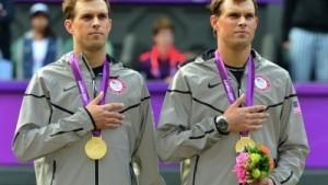 близнюки теніс
