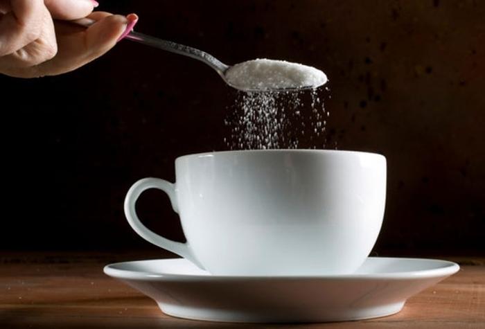 чай з цукром