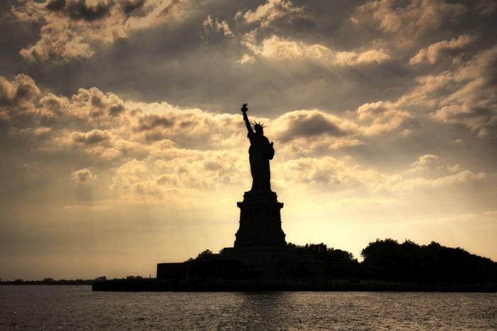 статуя свободи сша