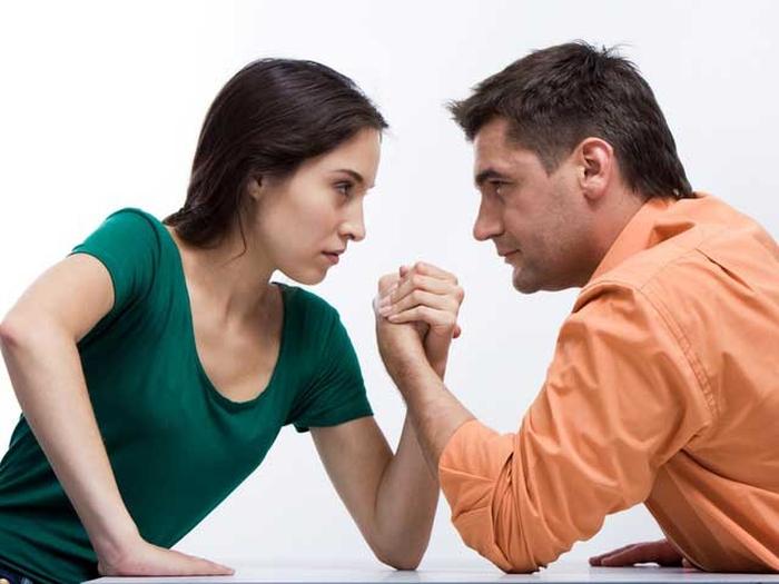 подружжя суперечки