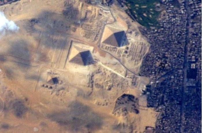 эгипетські піраміди з космосу