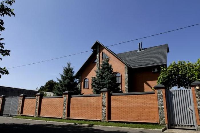Петро Мельник будинок