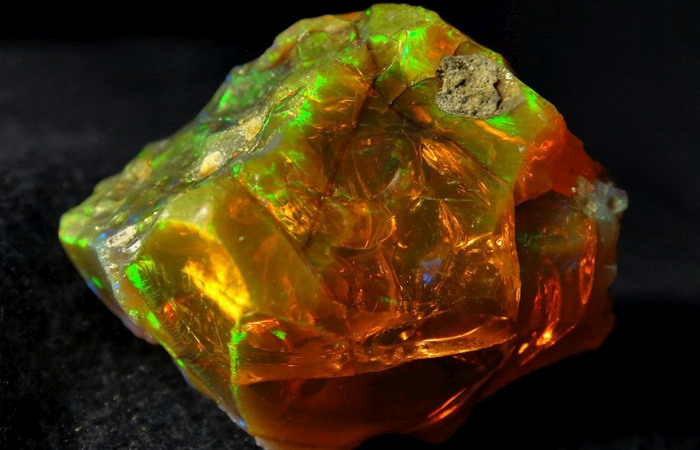 мінерал опал