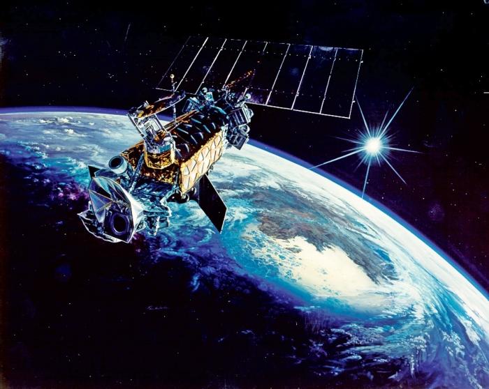 супутник DMSP-F14