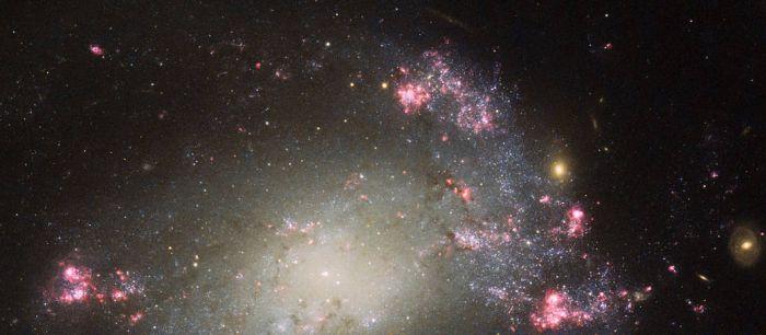 хаотична галактика ngc 428