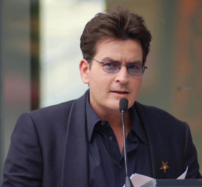 актор чарлі шин