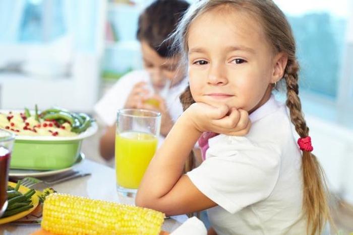 сніданок діти
