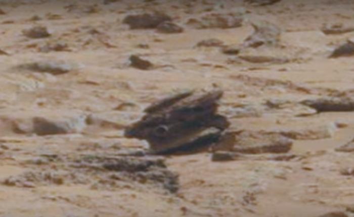 збитий дрон на марсі
