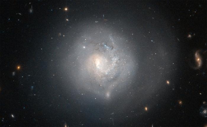 галактика Mrk 820