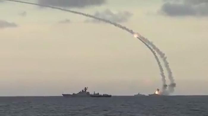 запуск крилатих ракет по території сирії