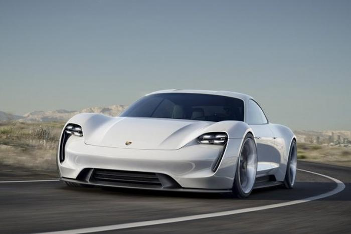 Porsche електрокар