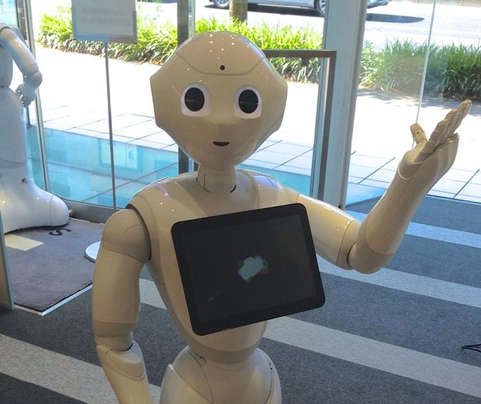 Pepper робот
