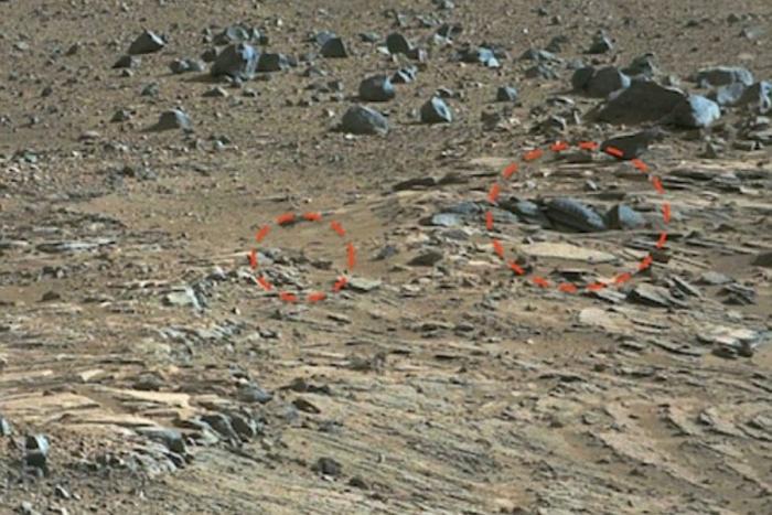 дивний хрест на марсі