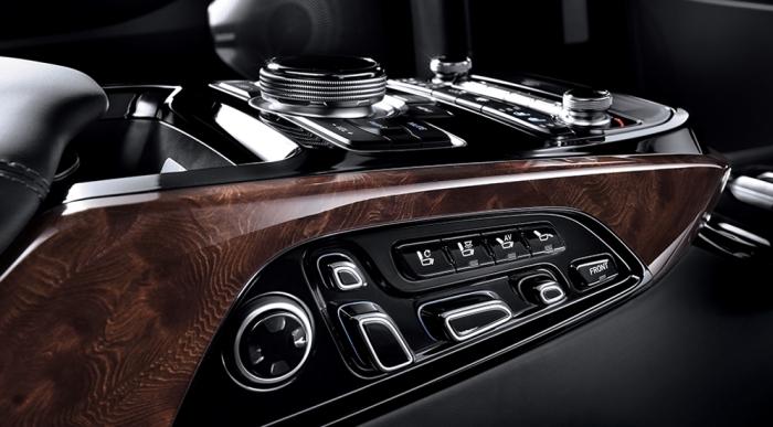 Hyundai EQ900 L