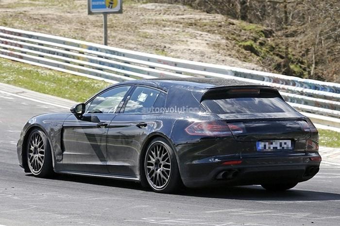 Porsche Panamera 2017 на тестах