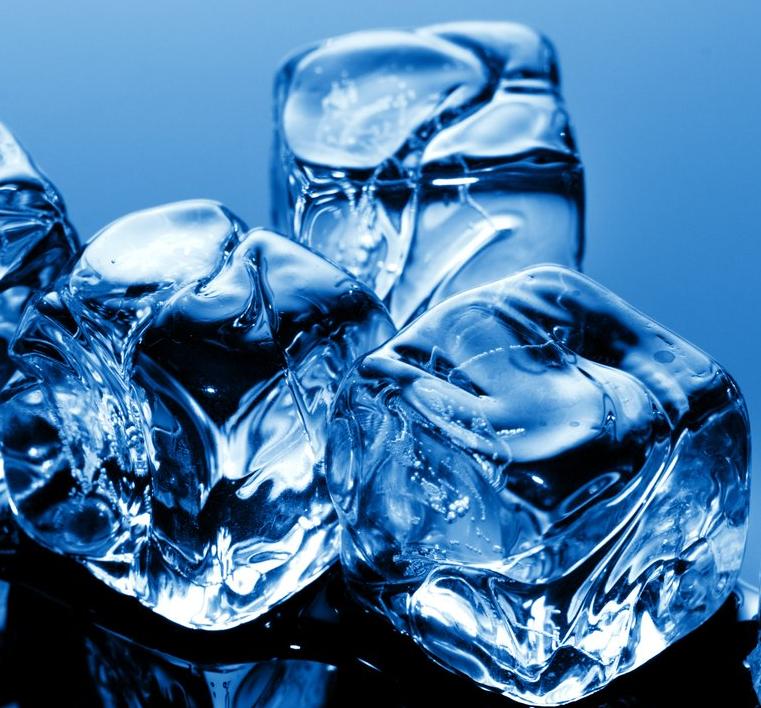 бактерії перетворюють воду в лід