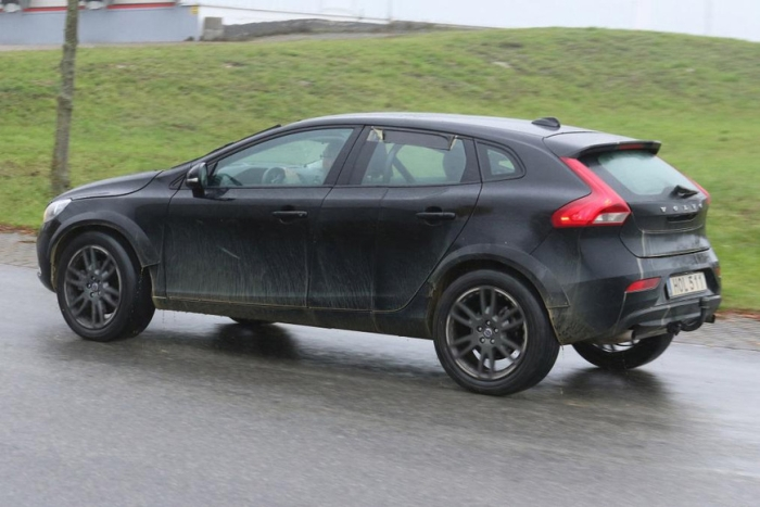 Volvo XC40 V40 Cross Country