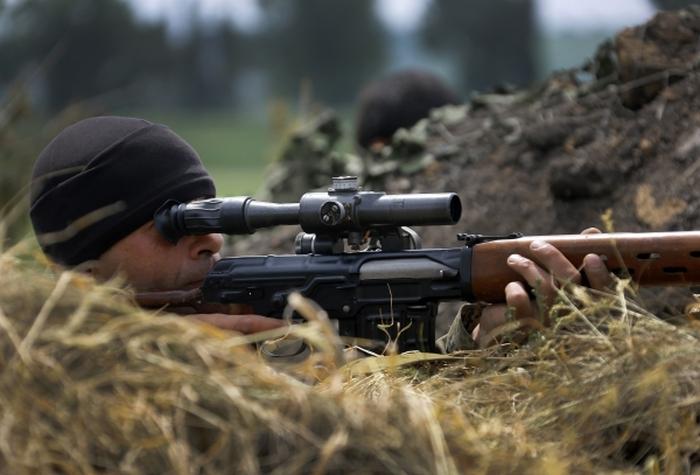 снайпер бойовиків ато
