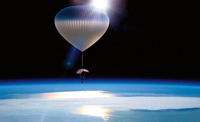 в космос на повітряній кулі