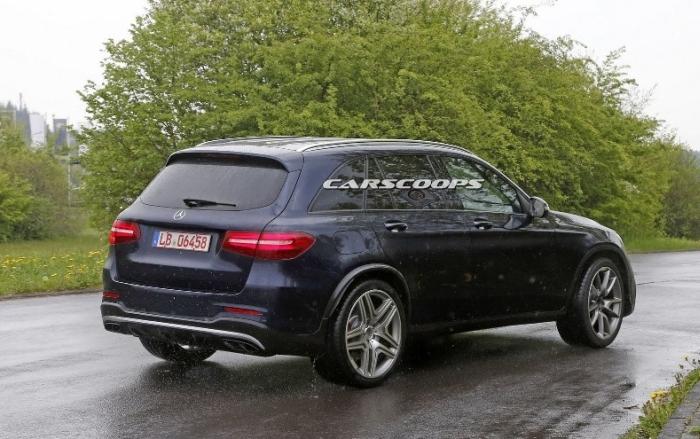 Mercedes-GLC 63
