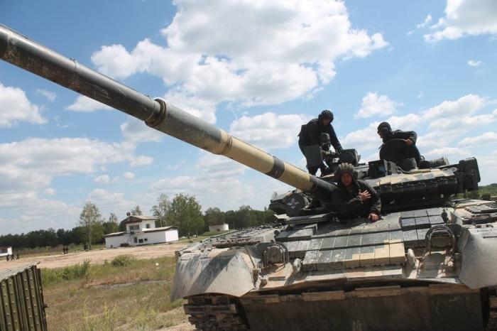 навчання танкістів ВДВ
