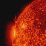 викиди сонячної матерії