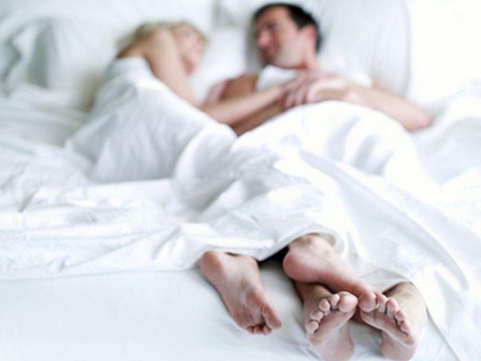 Вчені з'ясували, що ранковий секс впливає на кар'єру