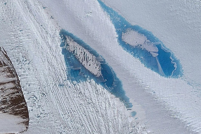 голубі озера антарктида