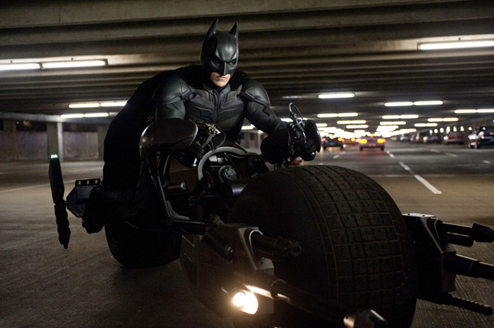 Темний лицар: Відродження легенди Бетмен