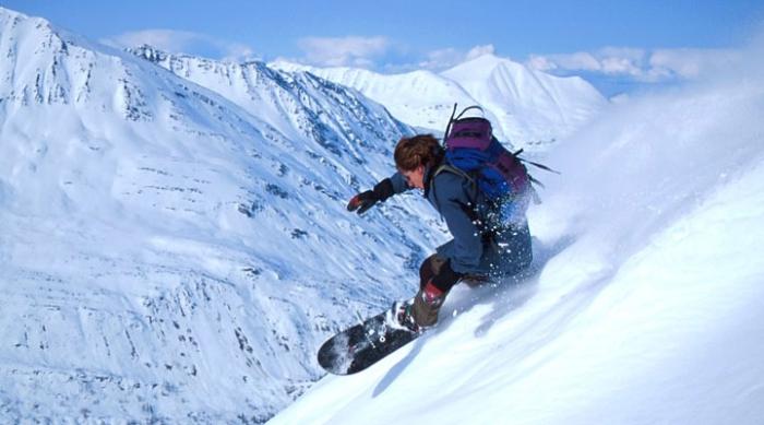 спуск на сноуборді