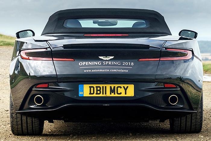 Aston Martin DB11 з м'яким дахом
