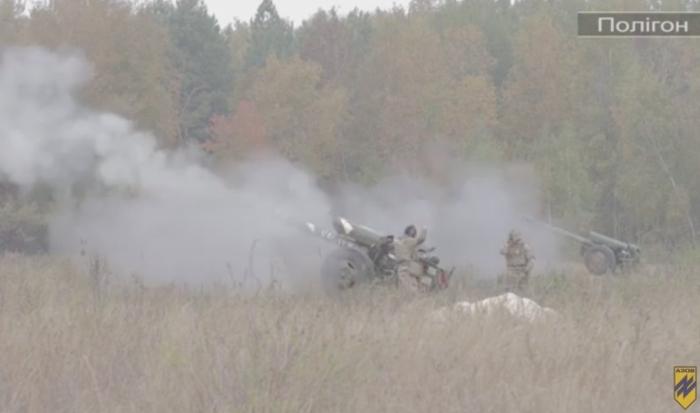 стрільби артилеристів азов