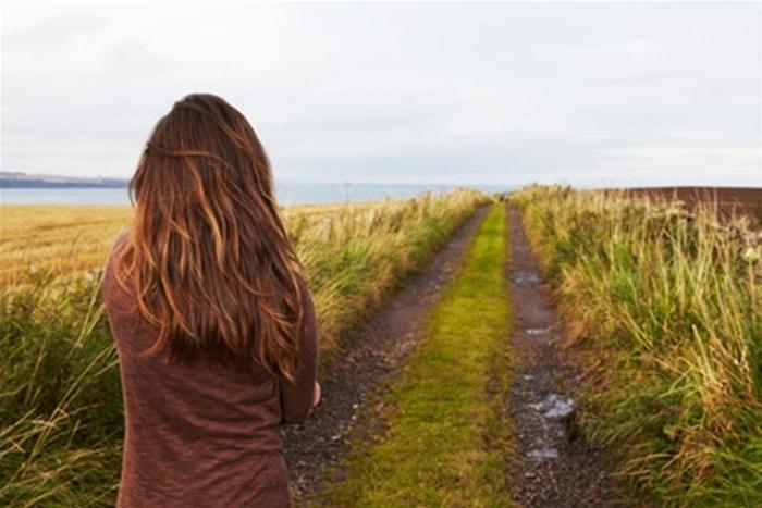 жінка самотність