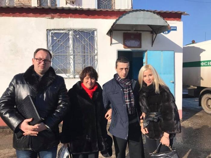 звільнено Хайсера Джемілєва