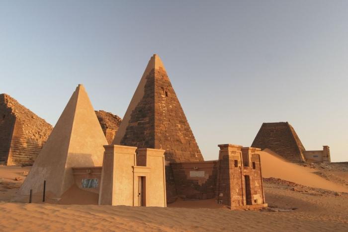 піраміди судан