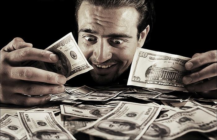 стрес гроші