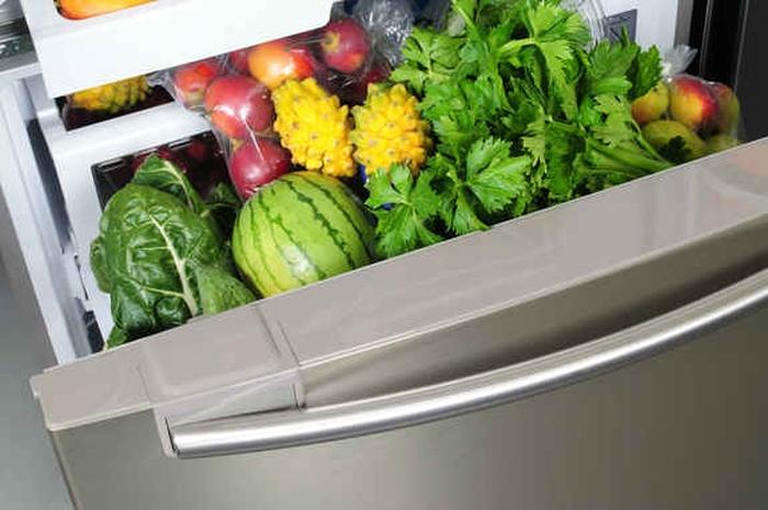 овочі в холодильнику