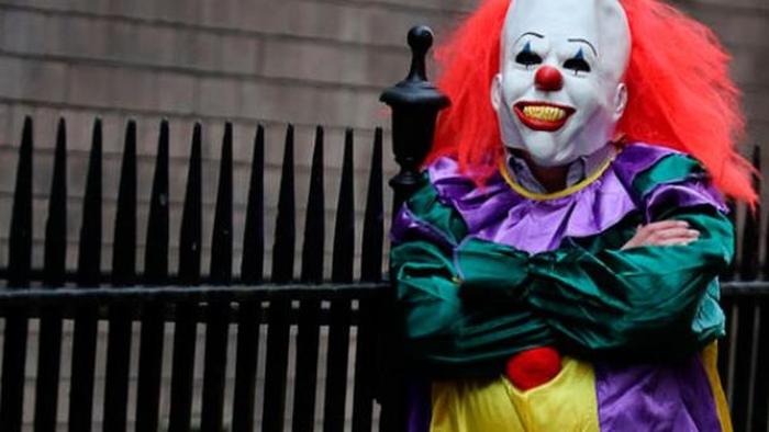 клоун вбивця
