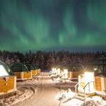 Arctic Snow Hotel північне сяйво