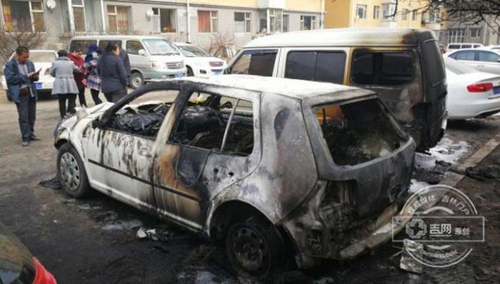 китаянка спалила машини