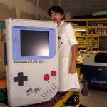 найбільший у світі Game Boy