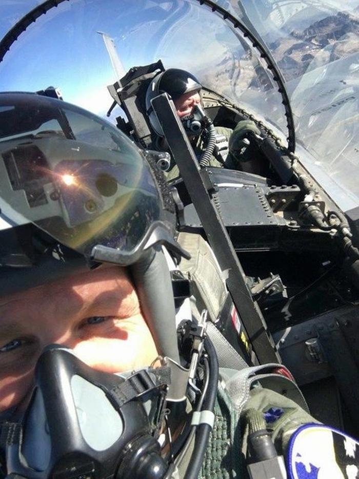 Віктор Муженко F-15